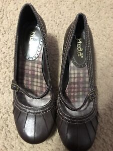 Women-s-Mudd-Brown-Shoes-Size-9-5