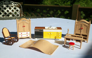 TOMY SMALLER HOMES DOLLHOUSE FURNITURE:KITCHEN~ PLATES 4