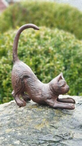Gusseisen Katze freudig spielend Garten Figur Skulptur braun