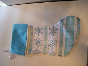 TURQUOIS-WHITE-SNOWFLAKE-PADDED-LINED-CHRISTMAS-STOCKING-DECORATION
