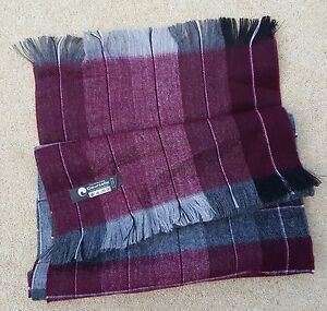 UNISEX Grey Red Check Tartan Courtelle Soft Scarf 135cm x 28 cm 4 Made In France