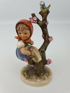 Apple-Tree-Girl-Hummel-Goebel-Number-141-1-Figurine-TMK-3-Bee-6-034