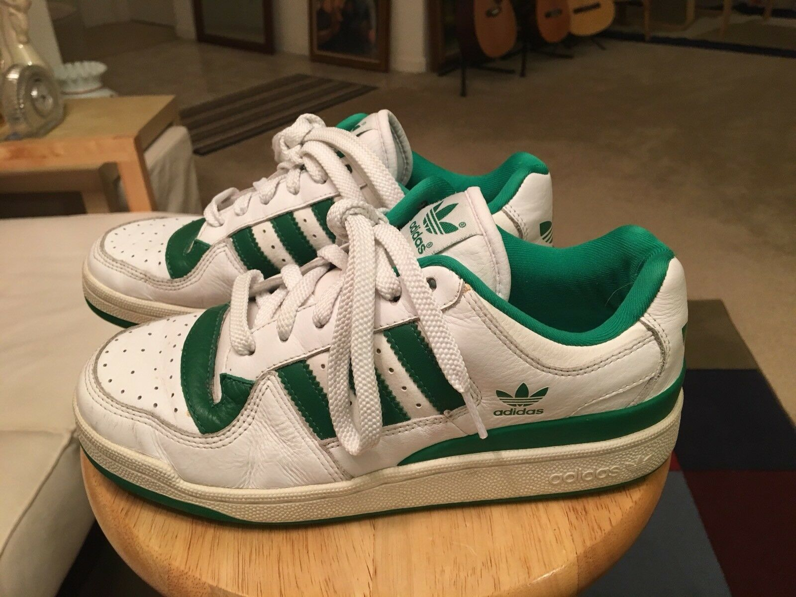 Vintage Adidas PWC681001 White/Green Trim Men's US8.5 Leather Athletic Shoes