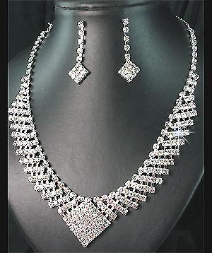 Bridal//wedding crystal//diamonte collar conjunto ** 130 **