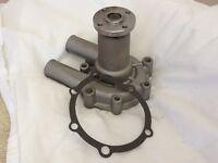 Yanmar Compact Tractor Water Pump 721252-42700 2 Inch Hub & Gasket