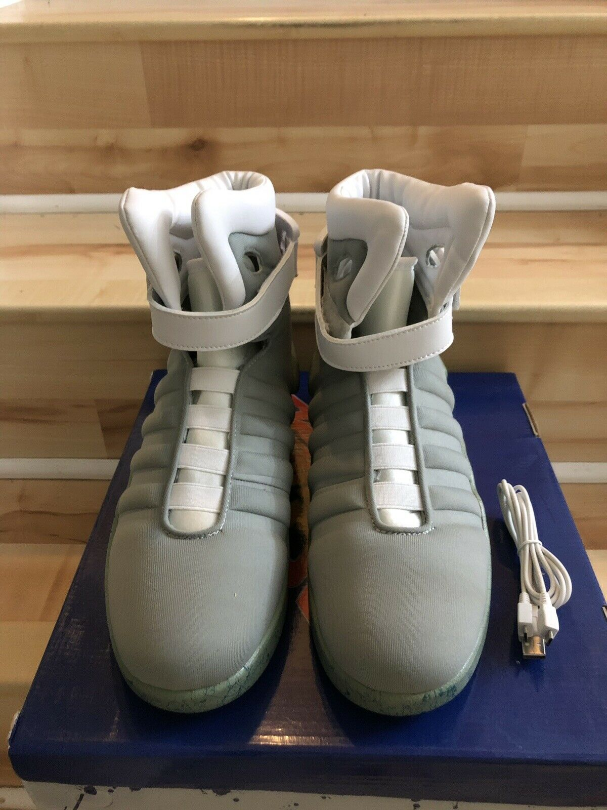 Dead Stock New in Box Universel Studios Licensed Back pour the Future 2 Air Mag Sz 10