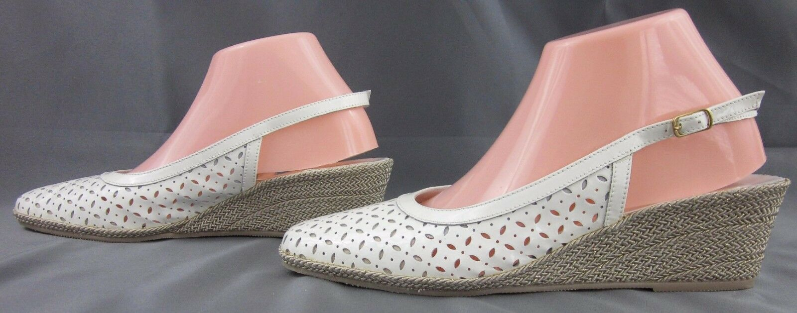 NEU  Sesto Meucci Laser Cut Closed Toe Slingback Wedge WEISS Patent Sz 9.5W