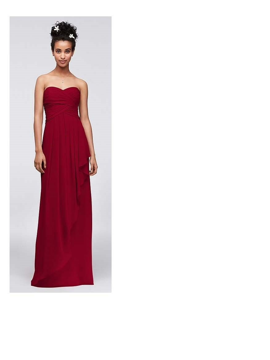 David's Bridal bridesmaid dress, color Apple, size 4. New, in perfect condition.