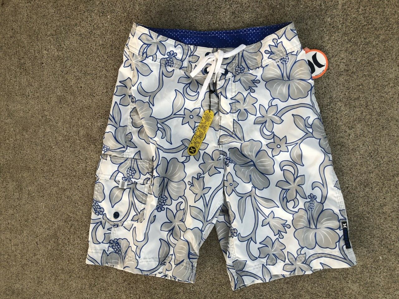 NEW HURLEY BOARDSHORTS SURF SUP SURFING HAWAII TRUNKS  SIZE 28