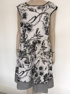 Size-20-fully-lined-black-and-white-Dress-dress-it-up-or-down