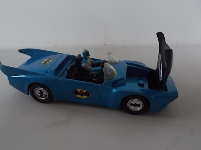 Batman BATMOBILE CORGI Diecast Car Vehicle DC COMICS 1980 BMBV1 Bonnet lifts 4