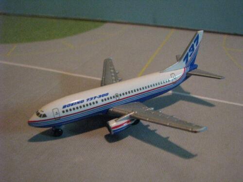 737-300 1:500 SCALE DIECAST MODEL OC HERPA WINGS BOEING HOUSE DEMO 500449