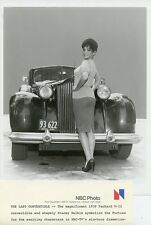 STACEY NELKIN BUSTY LEGGY SMILE 1939 PACKARD V-12 LAST CONVERTIBLE NBC TV PHOTO