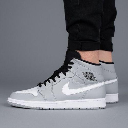 Homme Nike Air Jordan 1 Mid Taille 11 11 Taille 554724 046 Loup Gris Noir Blanc 9b32a3
