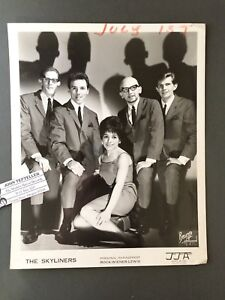 Original-1950s-60s-8-x-10-Publicity-Photo-Vocal-Group-Doo-Wop-R-amp-R-The-Skyliners