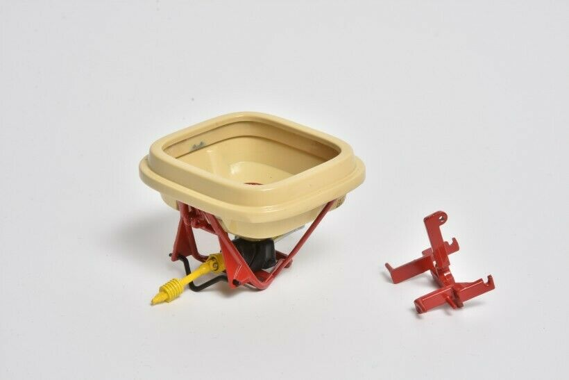 LEGEND LEG001 MarGe Models Vicon Superflow PS 604 Spreader 1 32 scale BOXED