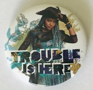 Trouble-Is-Here-Pirate-Disney-Designwear-Button-Badge-Pin-Vintage-L42