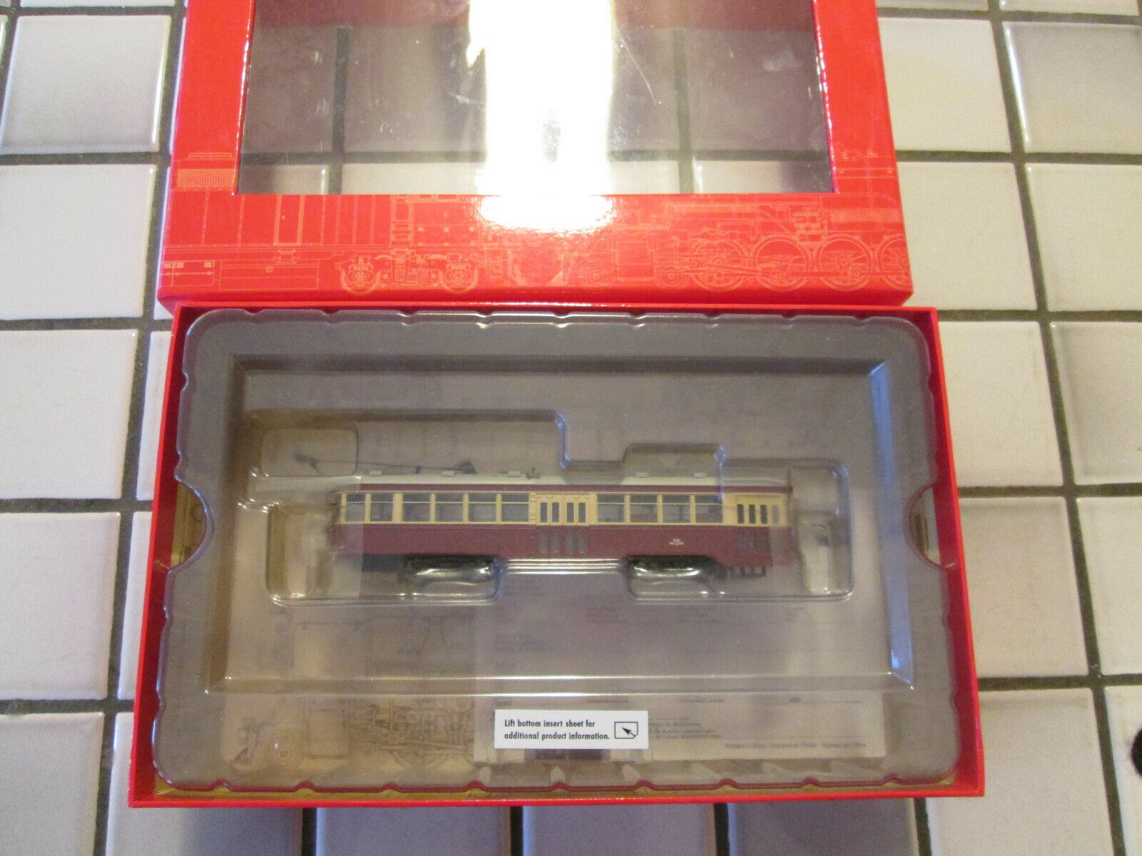 Spectrum peter witt street car with interior and lights HO scale DCC on board