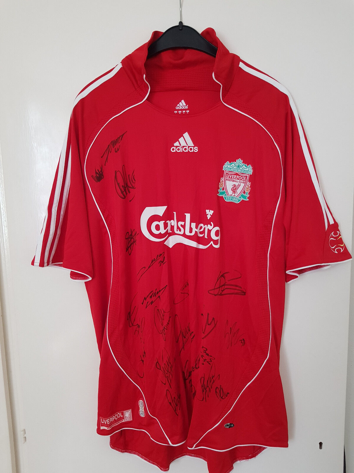 Official Home Shirt Liverpool FC 2007 08 Squad Signed inc.Gerrard Kuyt Carragher