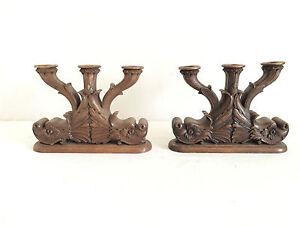 Ancienne-paire-de-Bougeoirs-en-bois-sculpter-Foret-Noir