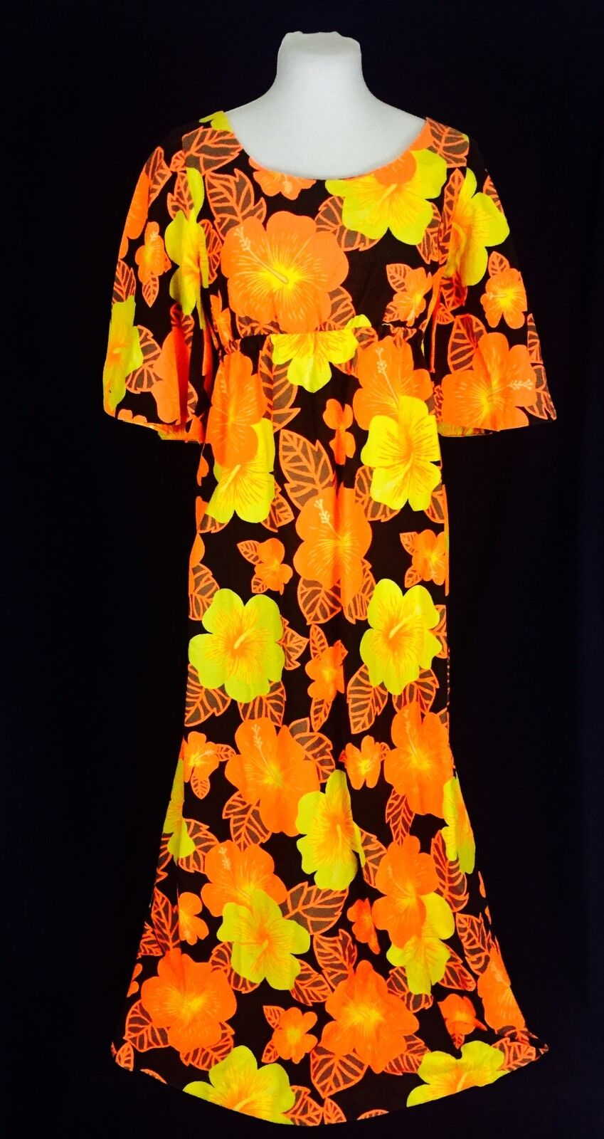 True Vintage 1960's Pomare Hawaiian Barkcloth Maxi Dress Medium orange Floral