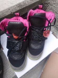 hot sale online a1543 01045 Image is loading Nike-Air-Yeezy-Black-Pink-Blink-Solar-Sz-