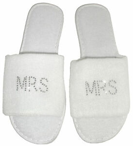 3a92515b39d207 2 pairs Mr   Mrs Slippers Personalised Rhinestone Spa Wedding Gift ...