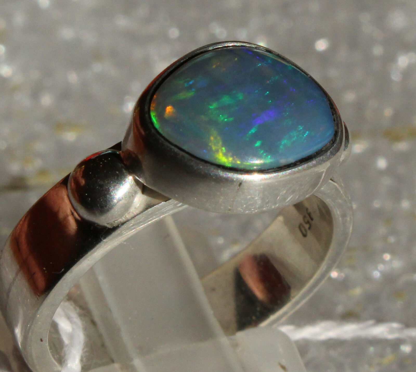 Brazil Crystal Opal 2.2 Karat 950er silverring Größe 18,1 mm