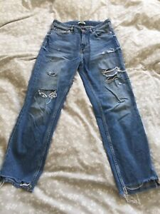 H-amp-M-Mom-Jeans-Light-Blue-Ripped-Size-8-10