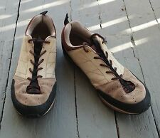 The North Face Men's Scend Leather Shoes - Vibram Sole - Tan and Brown - Size 11