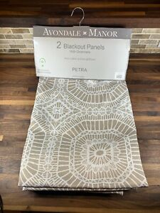 Avondale-Manor-Black-Out-Panels-2-Panels-54-x84-034-Petra-Taupe