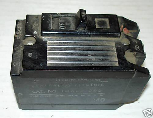 GENERAL ELECTRIC TQAL21090 90AMP 2P 240V PLUG IN CB 120//240V 90AMP
