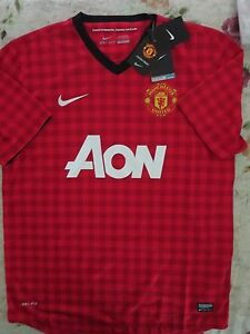 4908fe36068 Image is loading BNWT-MANCHESTER-UNITED-2012-13-Home-Football-Soccer-