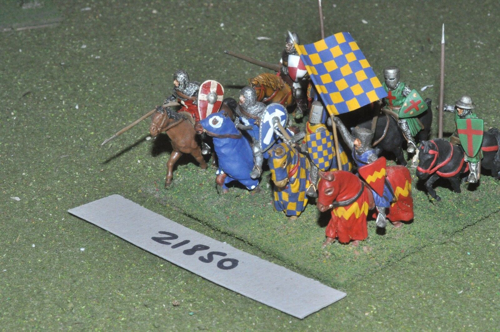 25mm medieval   english - men at arms 8 figs cavalry - cav (21850)