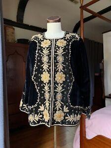 Smithsonian-Institution-Brocade-Sequin-Black-Jacket-M