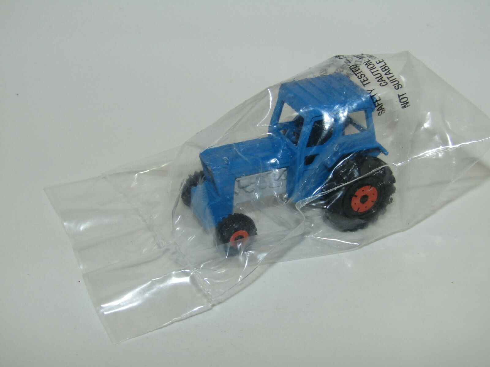 Matchbox Superfast Ford Tractor Blau MEGA RARE from 30 Pack Bucket SEALED Bag