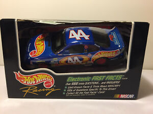 HOT-WHEELS-1998-RACING-ELECTRONIC-FAST-FACTS-COLLECTIBLE-CAR-NASCAR-44
