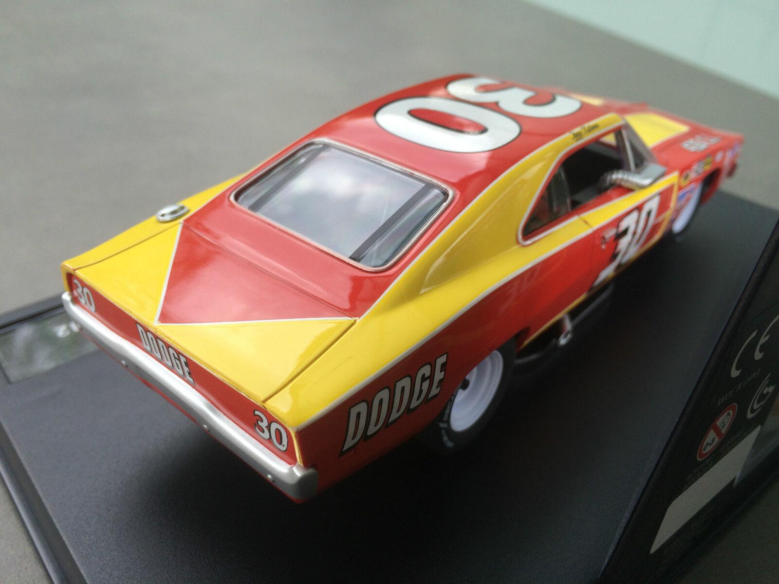 Carrera Evolution 27397 Dodge Charger Charger Charger 500  No.30 , 1972 NEU OVP  | Um Eine Hohe Bewunderung Gewinnen Und Ist Weit Verbreitet Trusted In-und   80695e