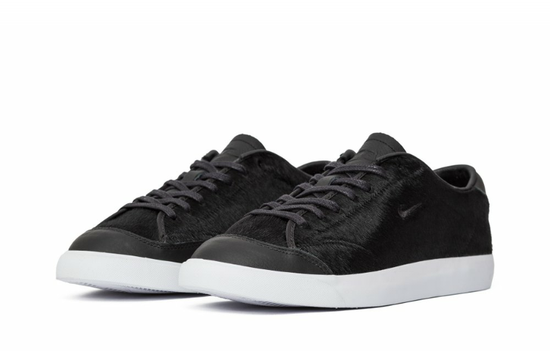 NIKE ALL COURT 2 Low LX Taille UK 7.5 * 875789-001 *
