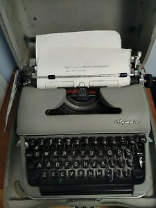 OLYMPIA Vintage Manual Typewriter 1950s SM3 De Luxe Gray with Case WEST GERMANY
