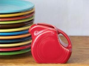 Fiesta-SCARLET-Post-86-Mini-Disc-Pitcher-1st-Quality