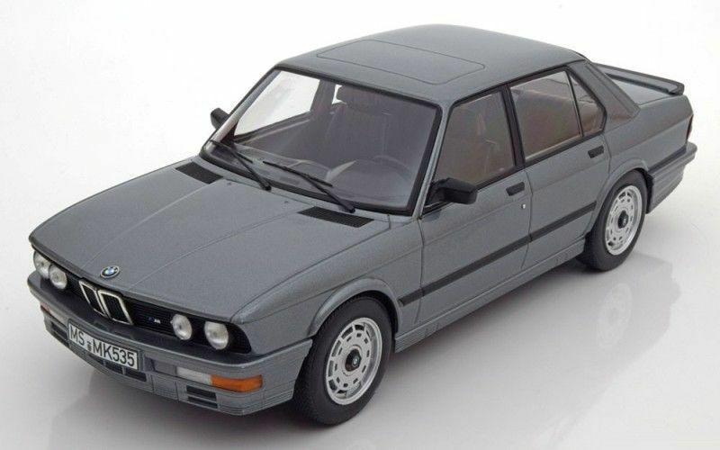Norev 1986 BMW M535i (E28) gris Couleur 1 18New