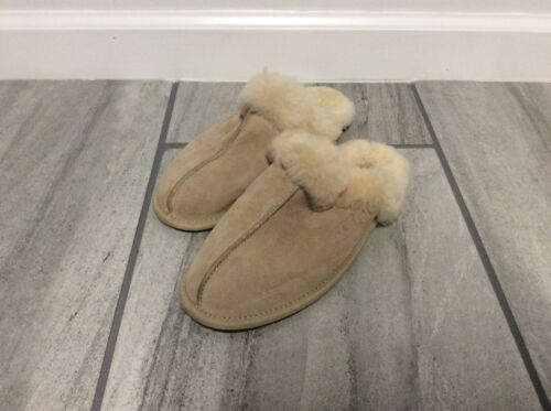 Ugg Slippers Scuffette Size 8 Soft Slippers