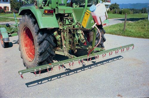 Surfaces coup d'appareil unité de base 1,4m coup d'largeur pour pour pour le montage sur remorqueurs 8ea063