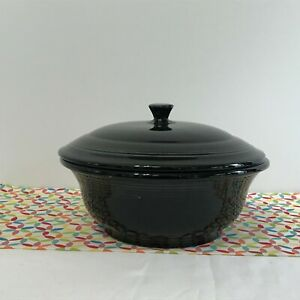 Fiestaware-Black-Covered-Casserole-Fiesta-70-oz-Retired-Style-Baking-Dish