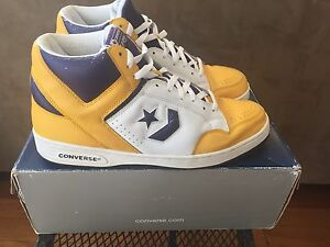 magic johnson converse weapon retro