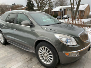 2011 BUICK ENCLAVE CX FWD LOW MILEAGE 68000 Km