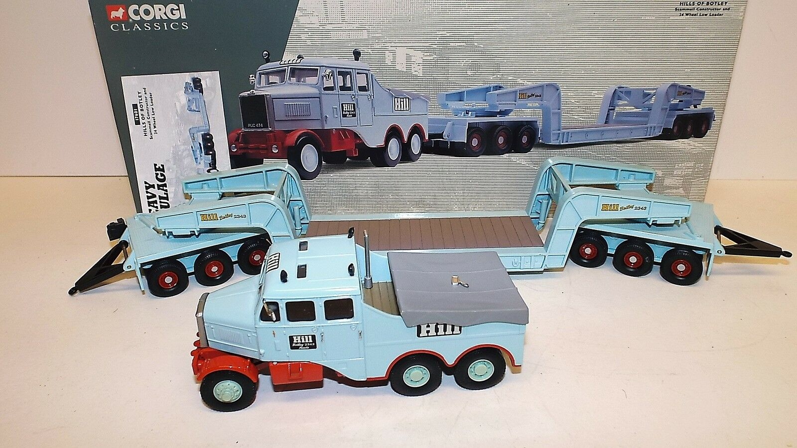 CORGI 17601 HILLS OF BOTLEY SCAMMELL & 24 WHEEL LOW LOADER MINT BOXED (C79)