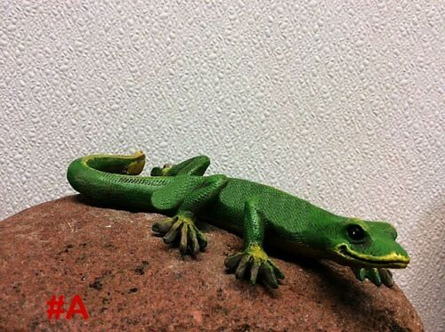 Cute ~ Green ~ #L Gecko or Lizard ~ Garden or Home Decor ~ FIGURINE ~ STATUE