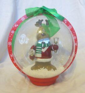 2007-Musical-LED-Snow-Globe-Animated-Reindeer